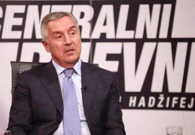 """Đukanović: """"Rat u Crnoj Gori je rat u regionu!"""". 'Vlast damo, ali Crnu Goru ne damo'!"""