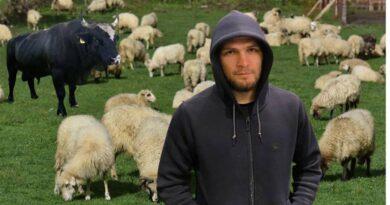 Definitivna Khabibova odluka: Kupio sam ovce i krave, a cilj mi je završiti fakultet