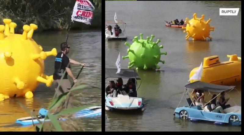 Protesti u Izraelu uživo: Objekti koji izgledjau poput koronavirusa plove rijekom