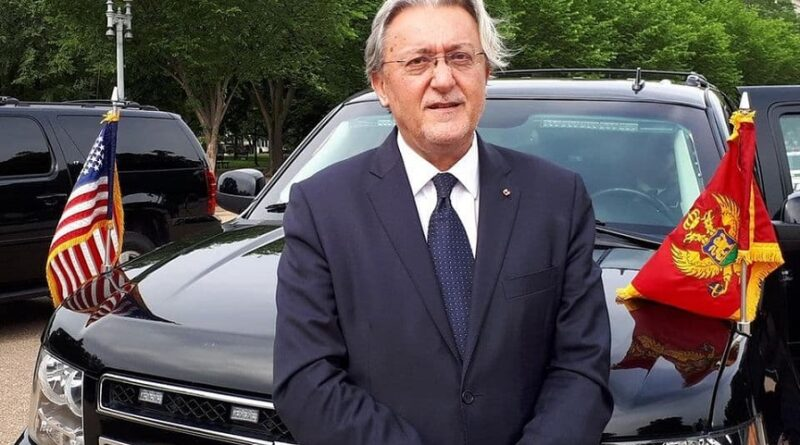 Milo Đukanović potpisao opoziv Kaluđerovića