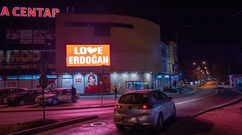 """Podrška predsjedniku Turske: """"Love Erdogan"""" na bilbordima u Sarajevu"""