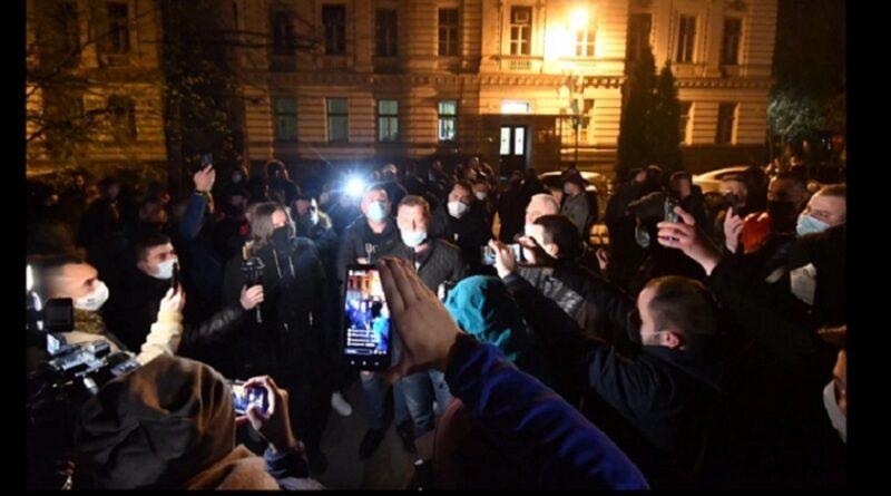 Ugostitelji ispred zgrade Vlade KS-Ne želimo lockdown, nabavite vakcine
