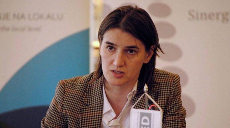 Srbija: Privedeni antivakser je bio vakcinisan protiv koronavirusa, Predsednik Srbije još uvek nije