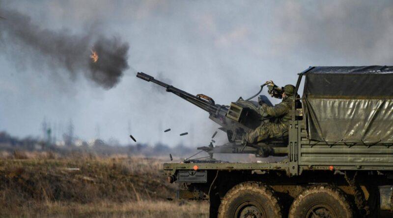 Peskov kaže da Putin sa svojim trupama na svom teritoriju može raditi što hoće