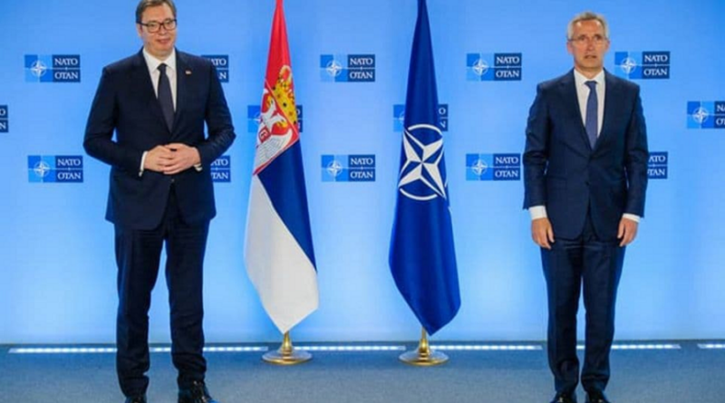 Stotenberg, Vučić, NATO