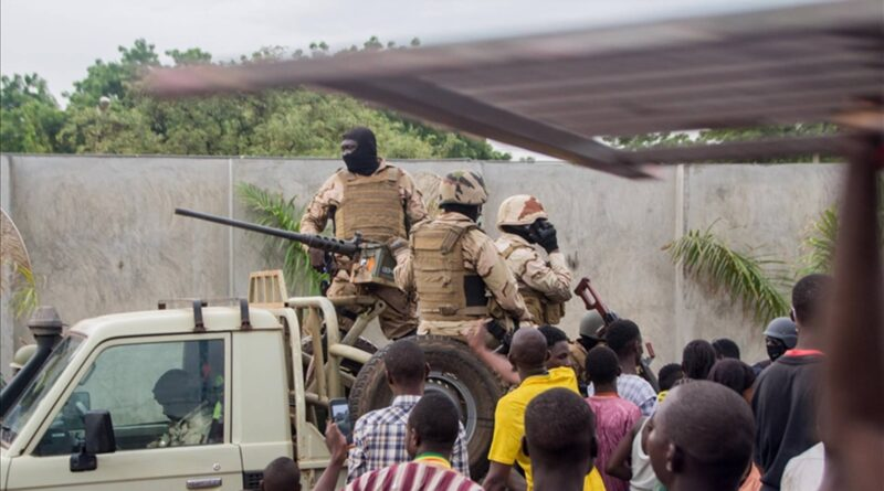 ECOWAS suspends Mali following coup