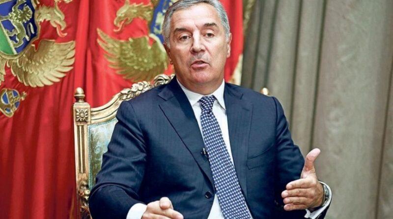 Milo Đukanović, Vučić, Spski svet