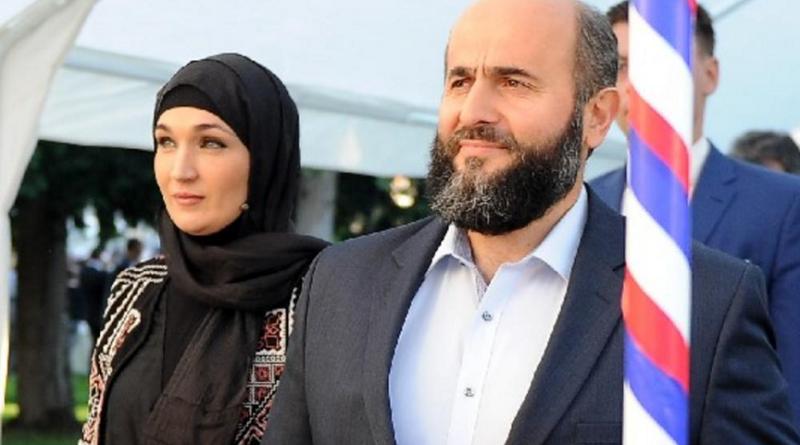 Supruga, Muamer Zukorlić, pomoćnica ministra prosvete, Elma Elfić