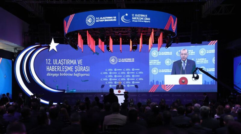 Kanal Istanbul Turkey's biggest step in maritime transport: Erdoğan